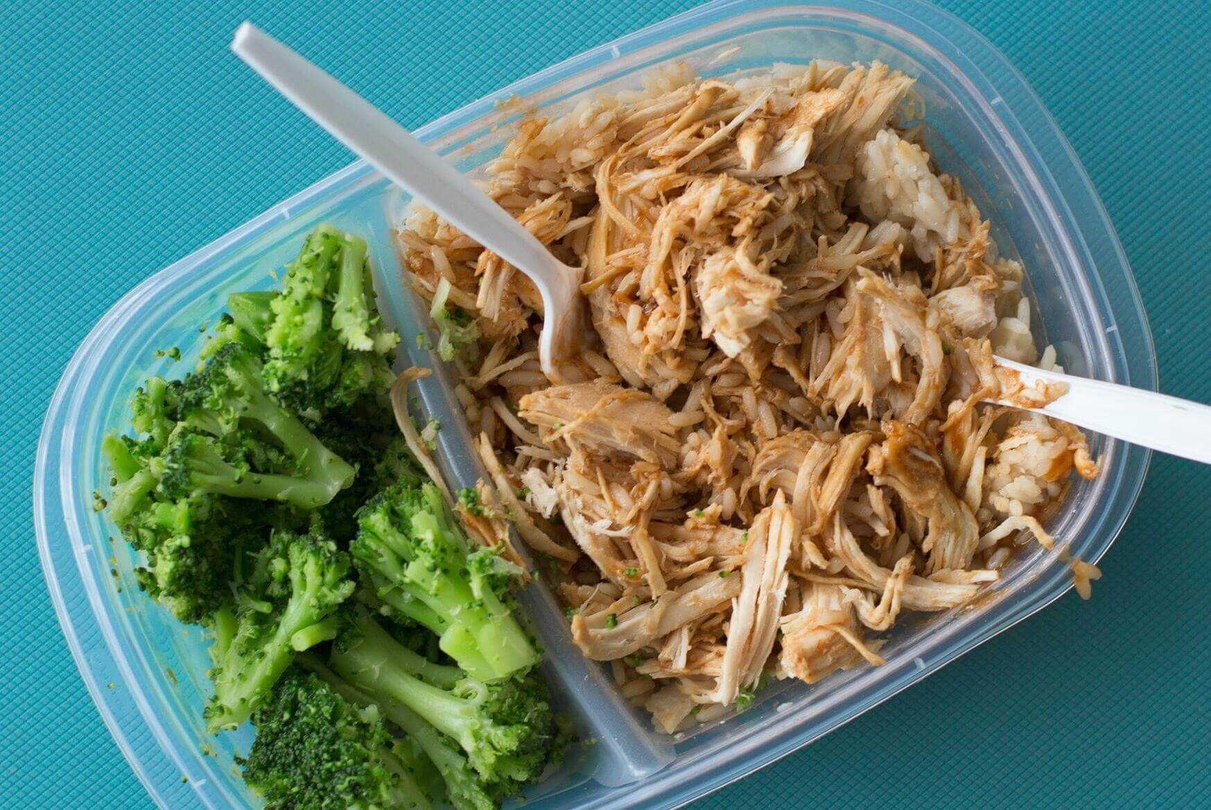 Tupperware With Chicken and Brocolli